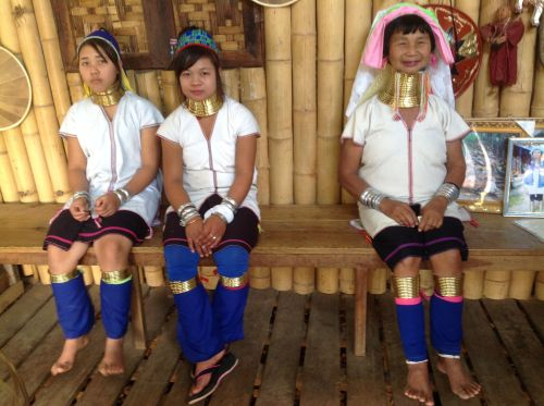 Long Neck People at PA.Daung Tribe